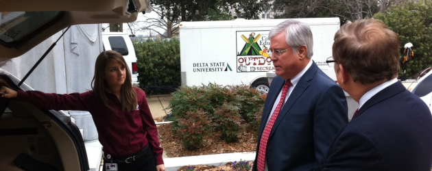 MSU EcoCAR team visits Mississippi State Capitol